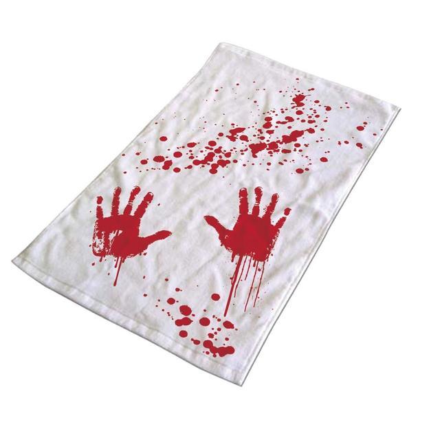 Serviette de bain sanglante