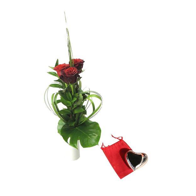 3er Rosenstrauss rot mit Klangherz