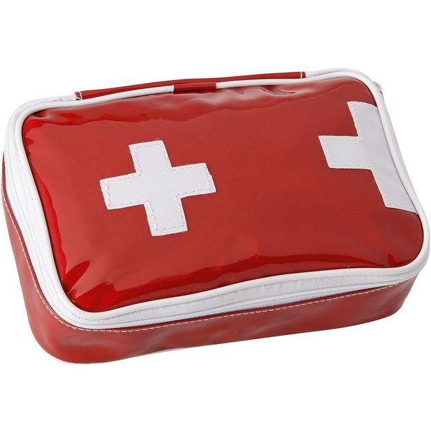 Erste Hilfe Set Schweiz gefüllt