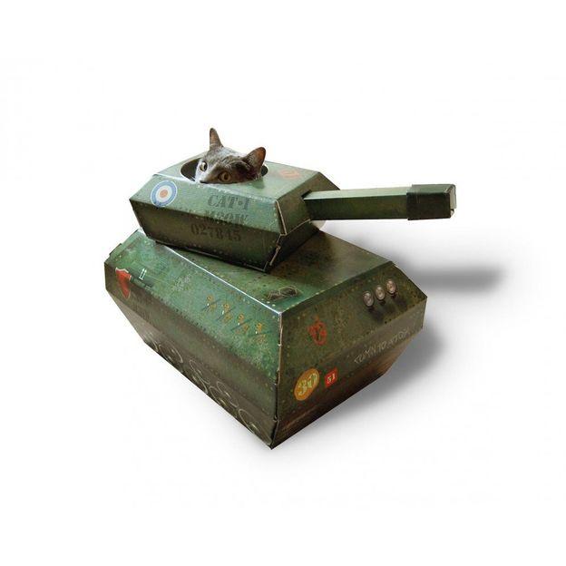 Spielhaus für die Katze Tank