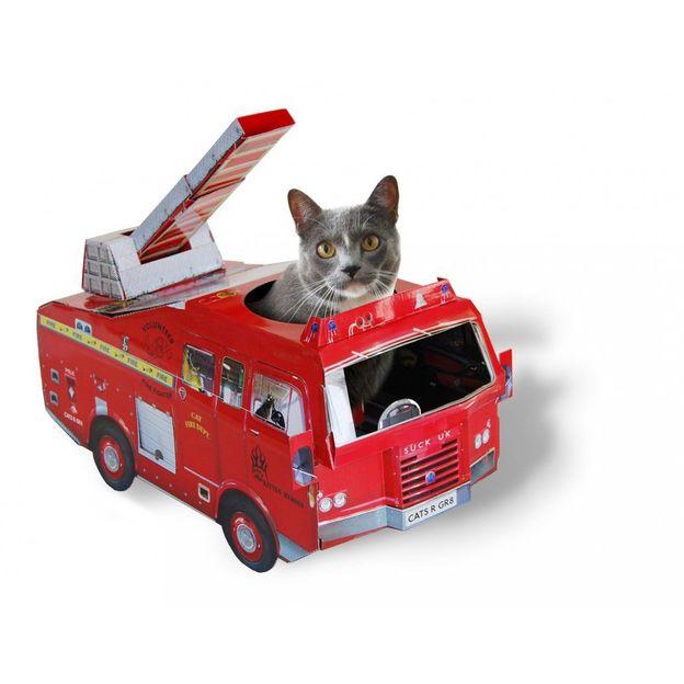Spielhaus für die Katze Feuerwehr