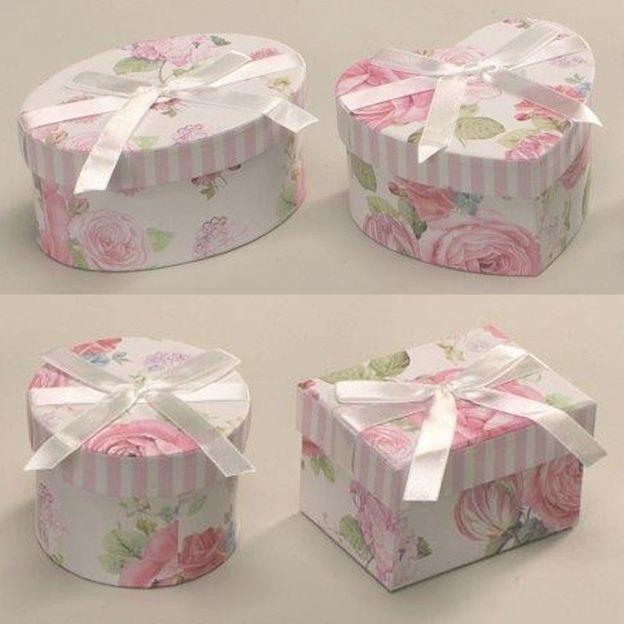 Set de 4 boîtes à cadeaux stylées vintage floral