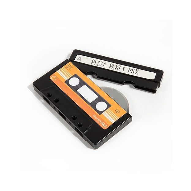 Coupe pizza cassette audio