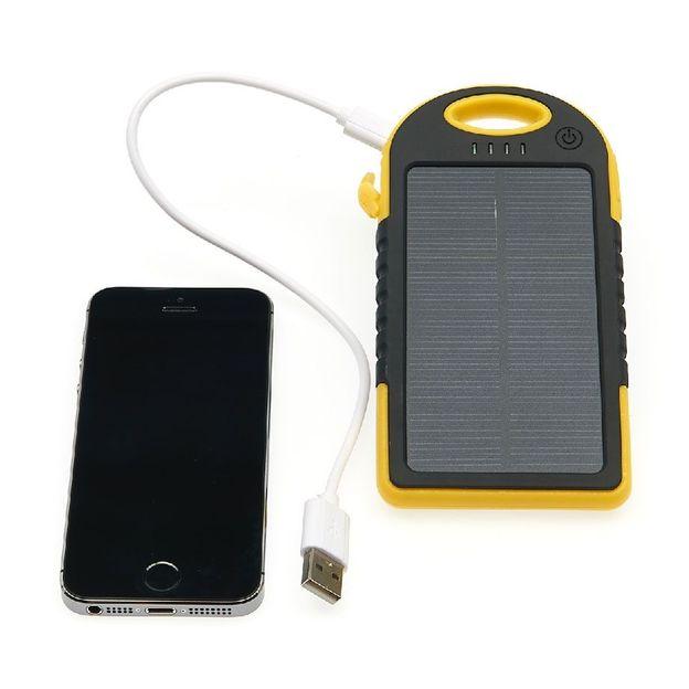 Chargeur solaire 5000 mAh noir et jaune