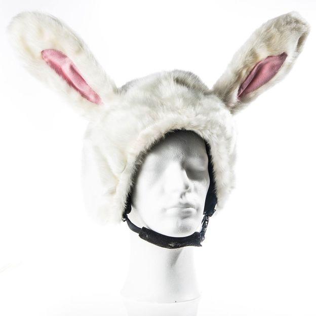 Schneehase Helmüberzug für Kinder