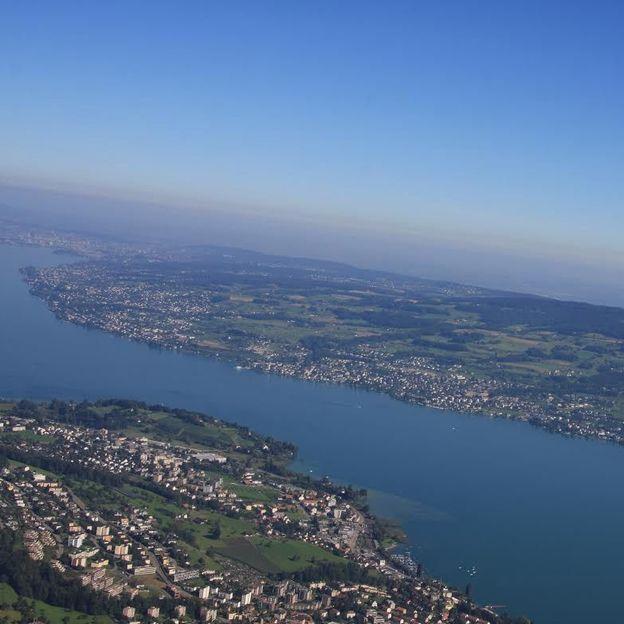 Rundflug über den unteren Zürichsee