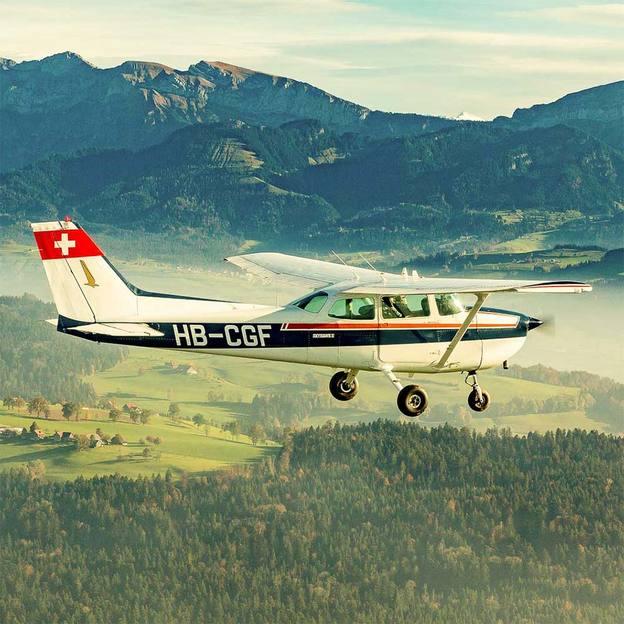 Flugzeugflug über das Jungfraujoch