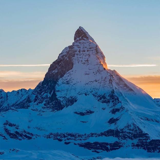 Flugzeugflug über das Matterhorn