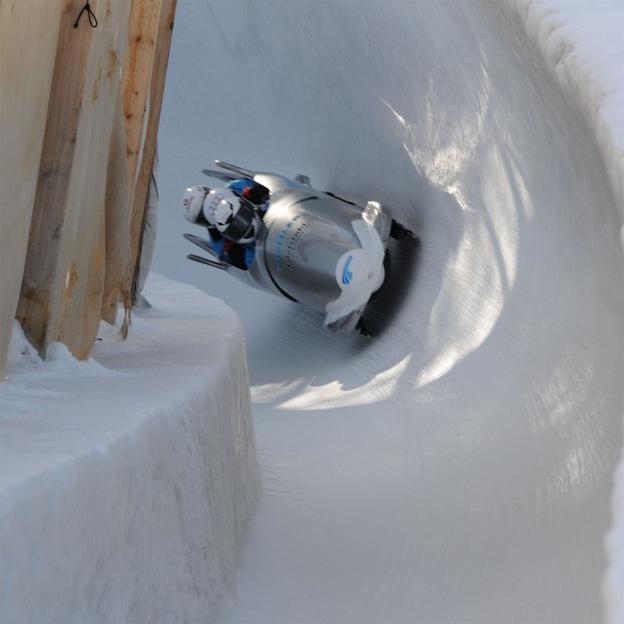 Descente en bob à St. Moritz