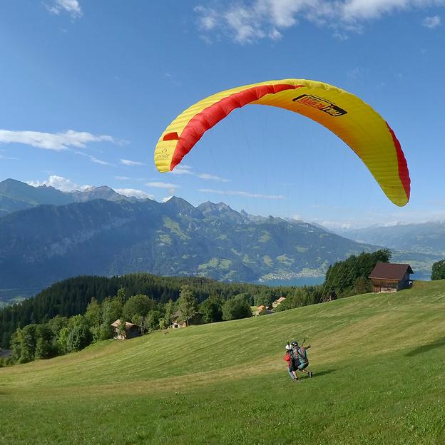 Gleitschirm Passagierflug «Big Blue» Berner Oberland