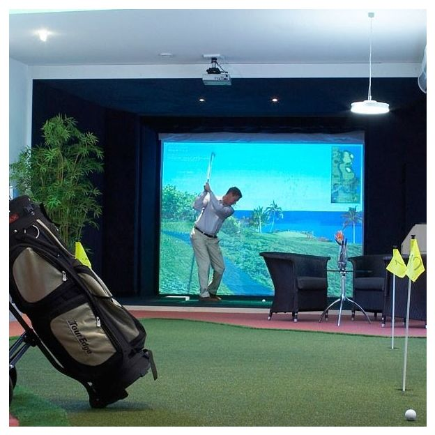 Indoor Golf Simulator in Zürich