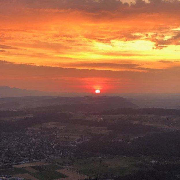 Sonnenaufgangsfahrt in der Region Biel