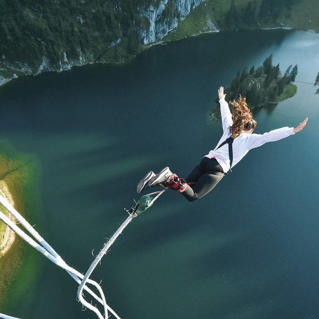 Bungee Jump au Stockhorn 134 m BE