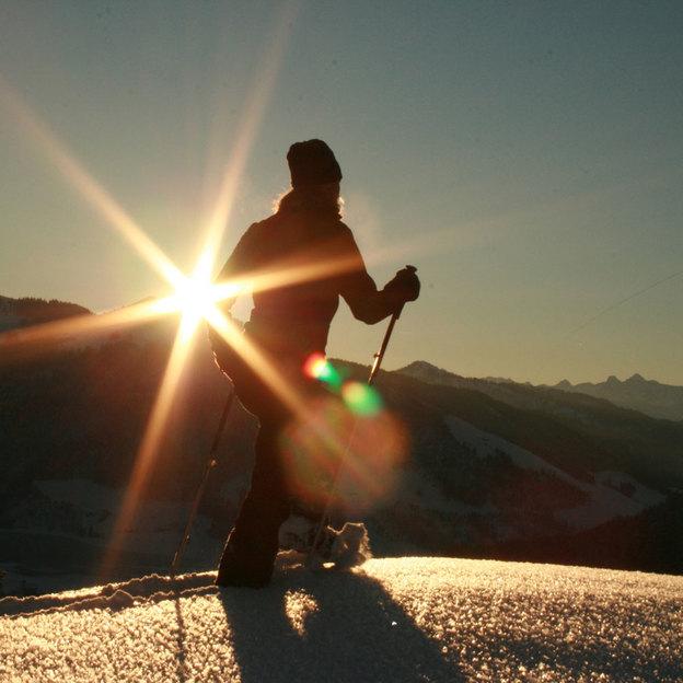 Pleine lune / randonnée nocturne en raquettes des neiges avec fondue et descente en paret
