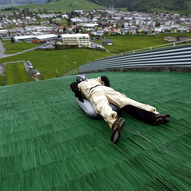 Airboard  tremplin d'été à Einsiedeln
