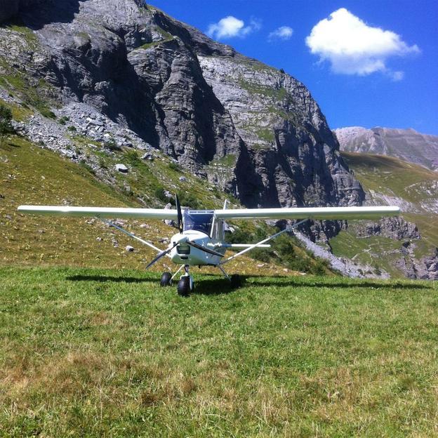 Vol en ULM dans le Jura français