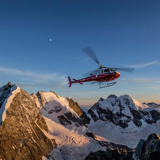 Helikopter Rundflug: Bernina und Bergell