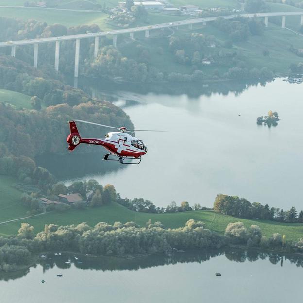 Circuit hélicoptère châteaux & lacs de Gruyères