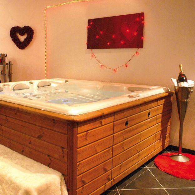 Romantisches Weekend in der Love-Box im Kanton Bern (für 2 Personen)