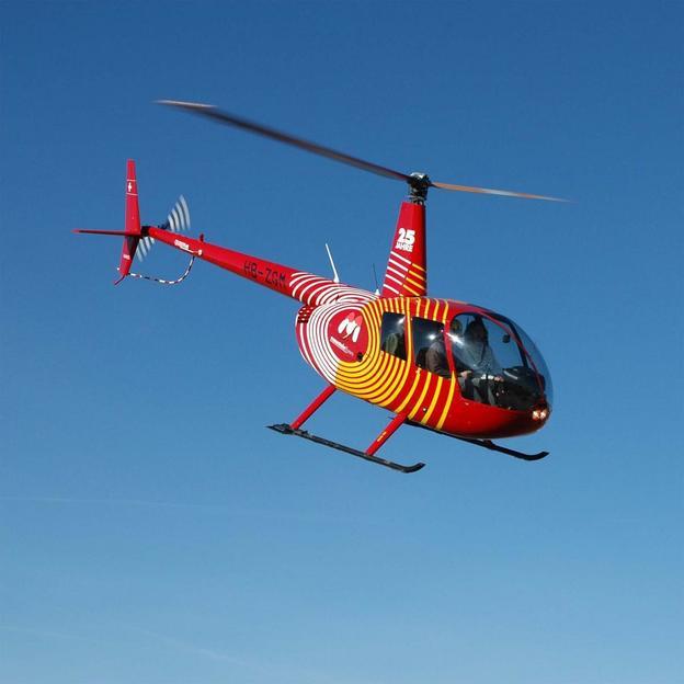 Helikopterflug mit Brunch in den Berner Alpen