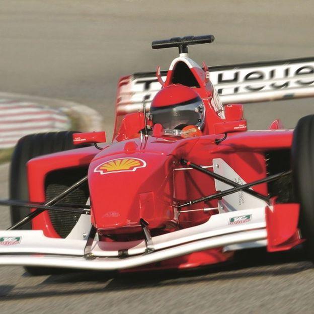 Formule 1 à conduire vous-même (F1 avec volant sport)