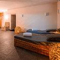 Tête-à-tête on Top of Zürich