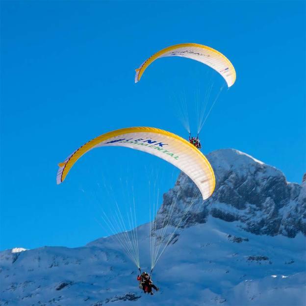 Tandem Parapente (20 min) dans l'Oberland Bernois