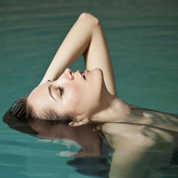 Floaten im Becken für eine Person in Zürich