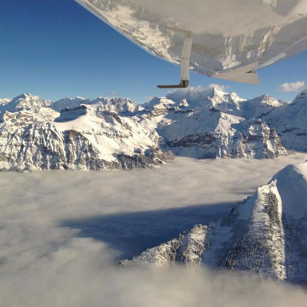 Motorflugzeug fliegen in Solothurn