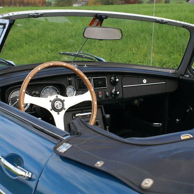 MG B Roadster mieten für einen Tag