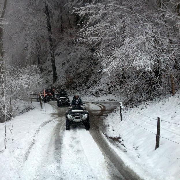 Quad dans la neige et Fondue (2h)