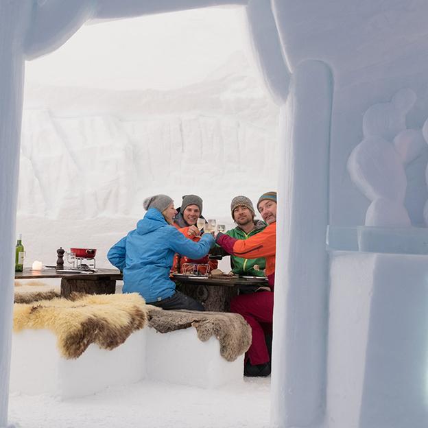 Fondue dans un igloo pour 2 personnes