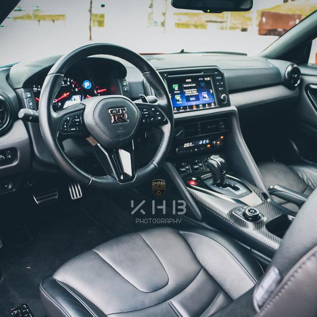 Nissan GT-R R 35 für 6 Stunden