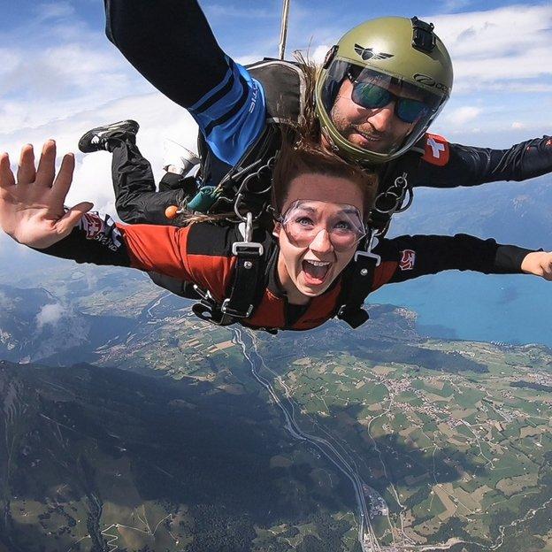 Fallschirm Tandemsprung - Skydiving aus dem Flugzeug