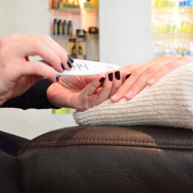 Spa Manicure Deluxe in St. Gallen