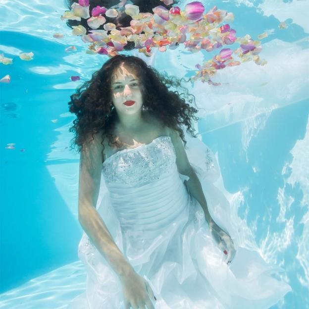 Unterwasser Fotoshooting in der ganzen Deutsch-Schweiz