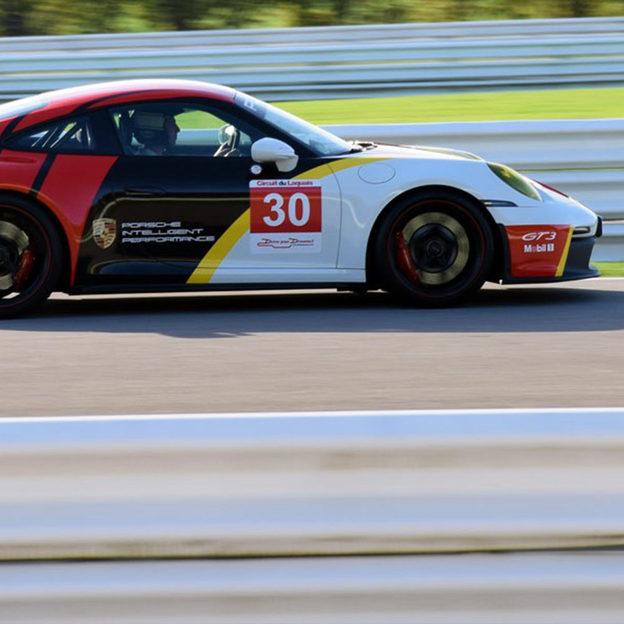 Ferrari fahren mit Schloss Übernachtung