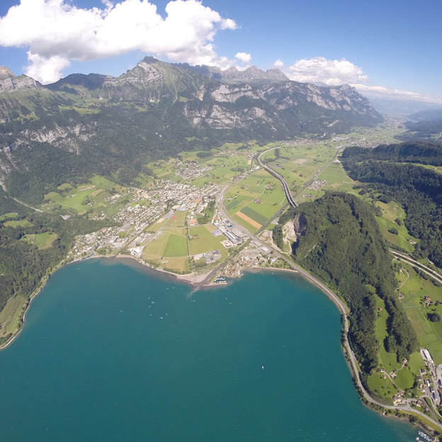 Gleitschirmflug über den Walensee (10 bis 25 Min.)