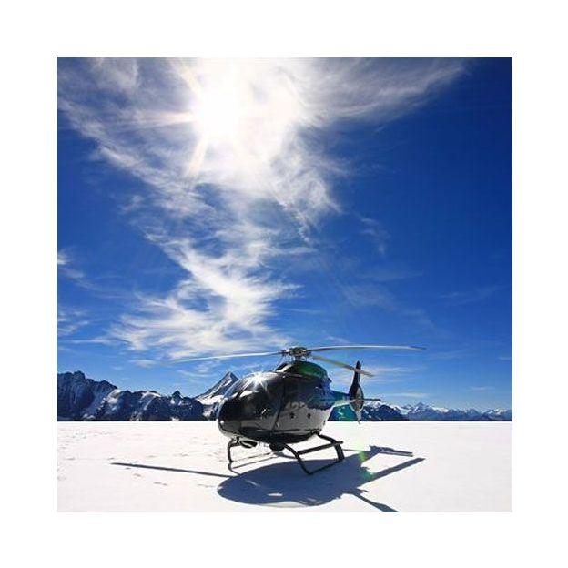 Vol privé en hélicoptère avec atterrissage sur un glacier (2 pers.)