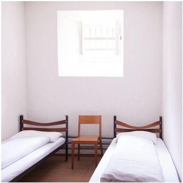 Übernachtung im Knasthotel - Twin Zimmer