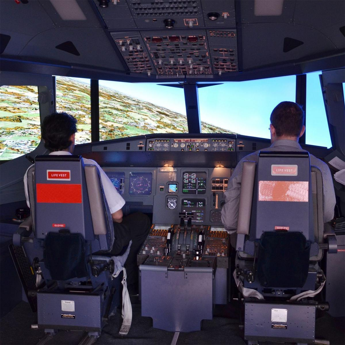top simulateur de vol cockpit dun airbus a min with simulateur. Black Bedroom Furniture Sets. Home Design Ideas
