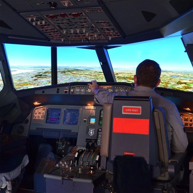 Simulation de vol dans le cockpit d'un Airbus A320 (1h30)