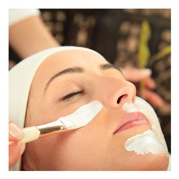 Express Gesichtsbehandlung mit Peeling