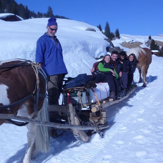 Pferdeschleipffahrt mit Fondue und Übernachtung (2 Pers.)
