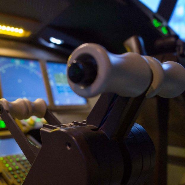 Dein Traum im Boeing 777 Simulator (60 Minuten)
