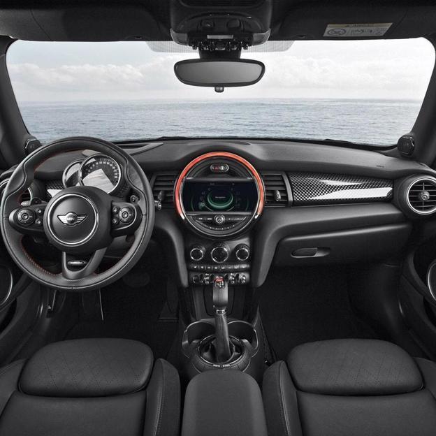 New Mini Cooper S für 12 Stunden mieten