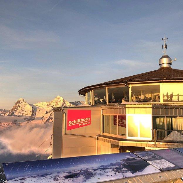 Nuits magiques avec vue sur Eiger, Mönch et Jungfrau
