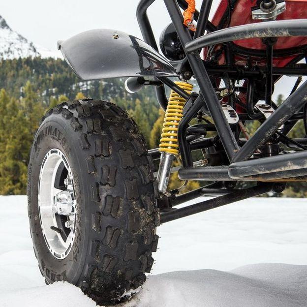 Buggy Cross sur la neige et la glace à Pontresina