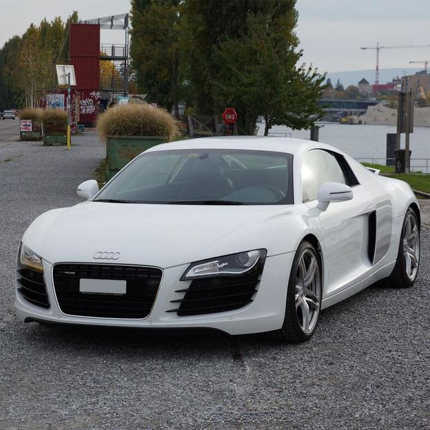 Location Audi R8 4.2 V8 (4 heures)