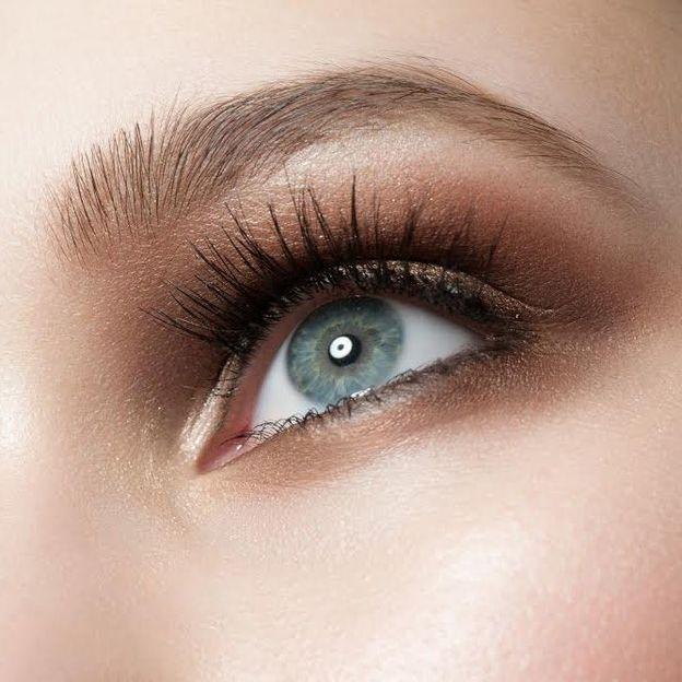 Gesichtsbehandlung inkl. Wimpern- und Brauenfärbung
